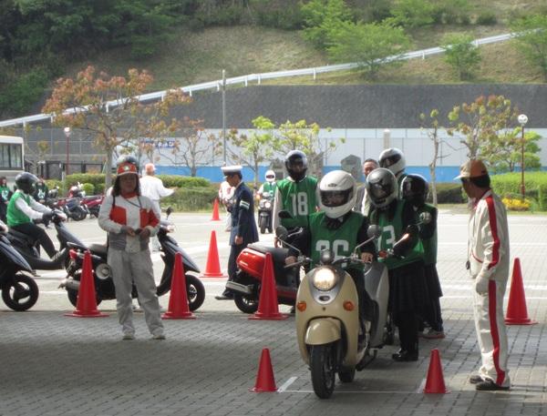 五條高校生を対象とした「ミニバイク講習会」を開催しました