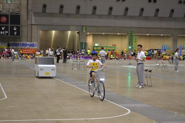子供自転車全国大会で河合第三小が12位の成績