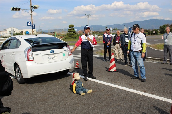 シニアドライバーズスクールを開催